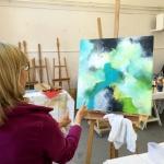 Malen lernen mit Staffelei im Atelier
